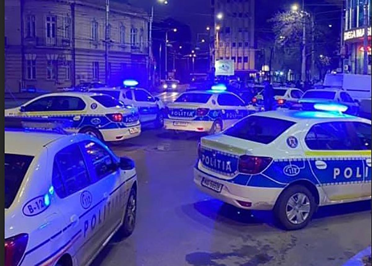 15 mașini de poliție au oprit o bătaie la un club din București