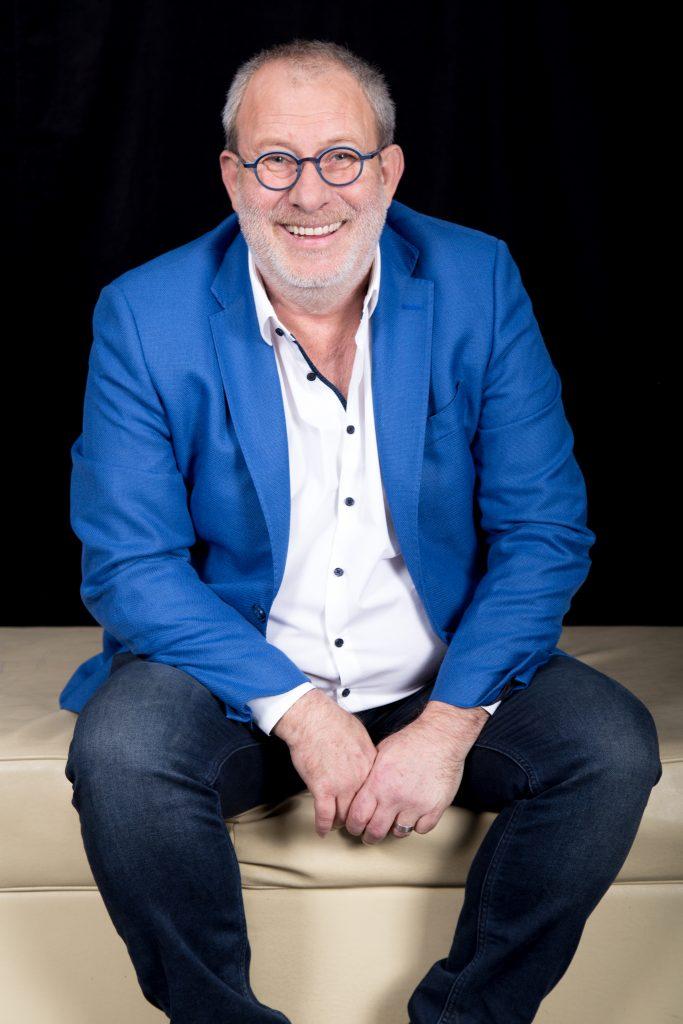 Florin Busuioc castiga un salariu de 3000 de euro pentru Vremea de la Pro TV