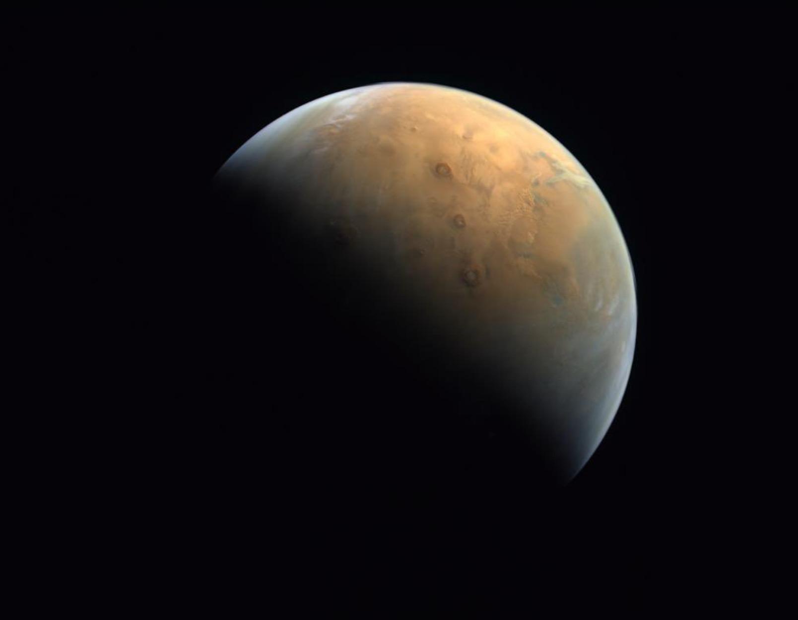Sonda spaţială arabă Al-Amal a trimis prima imagine de pe Marte