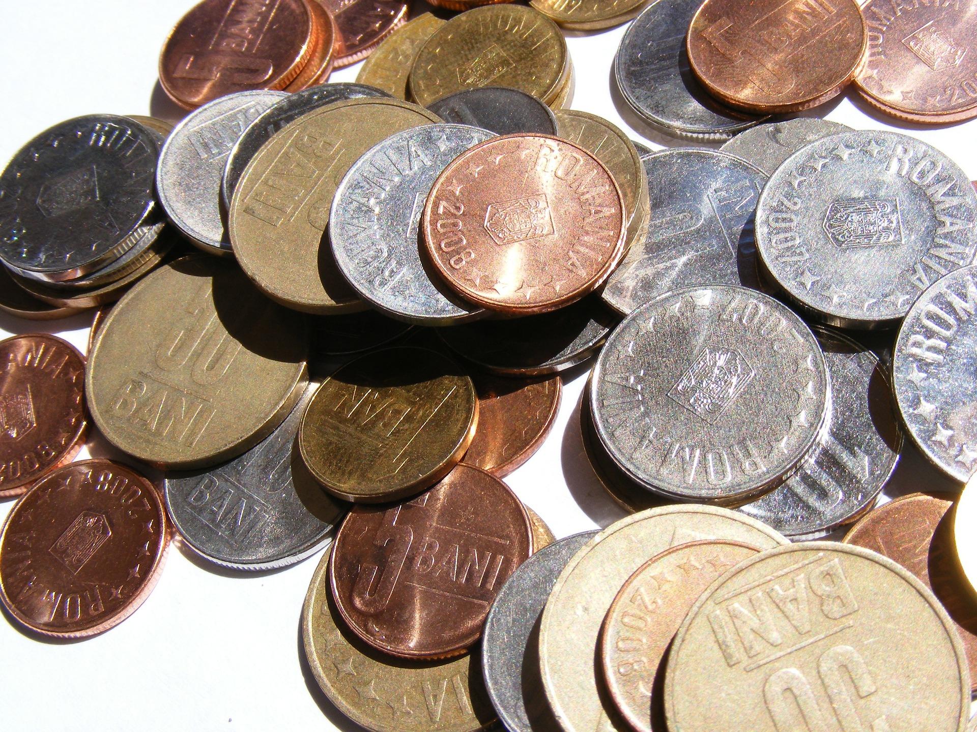 Ce salarii sunt în presă, cât câștigă un prezentator sau redactor