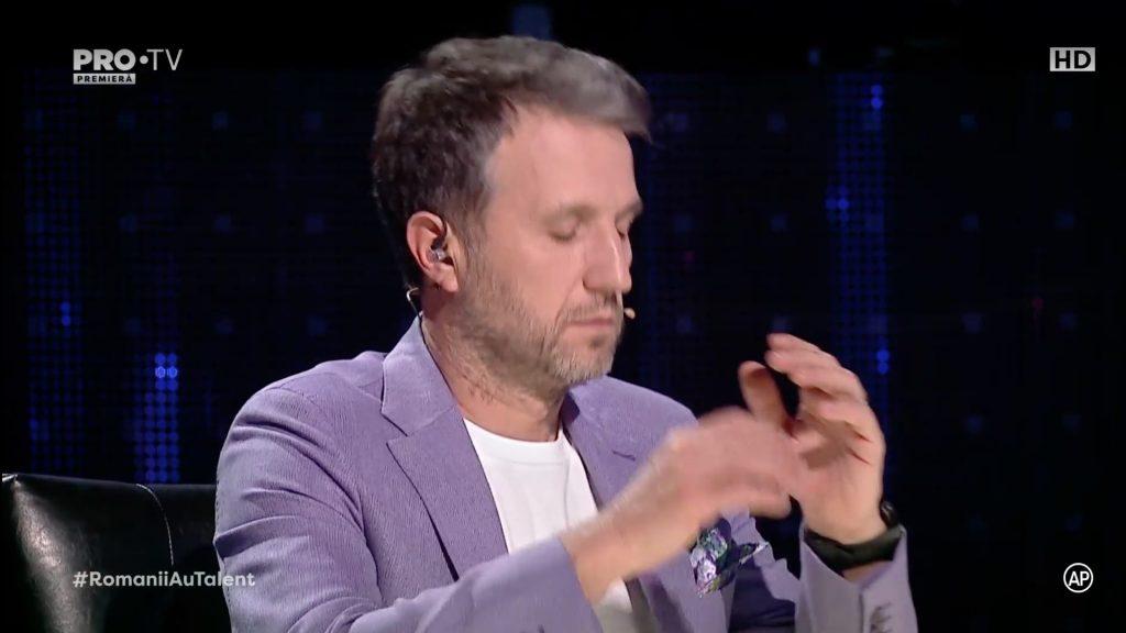 Smiley i-a luat locul lui Andi Moisescu temporar la Românii au talent