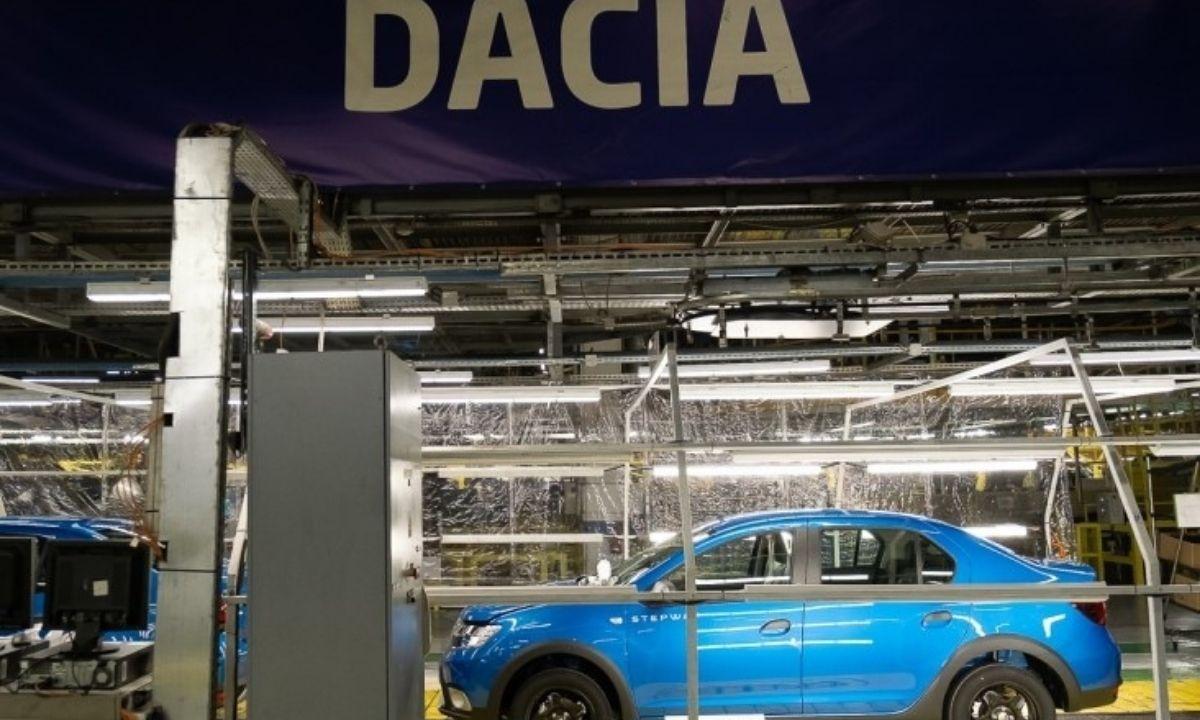 Dacia este nevoită să oprească pentru câteva zile producția de la Mioveni. Noul model Grand Duster ar putea avea 7 locuri
