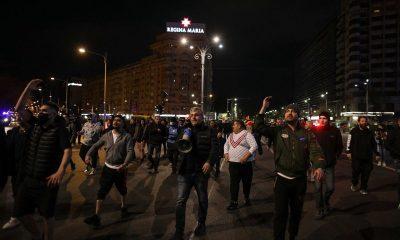 Mai-multe-proteste-au-avut-loc-ieri-seara-in-toata-tara.-S-au-aplicat-in-jur-de-35-de-amenzi-in-Capitala