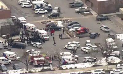 Un bărbat a omorât zece persoane într-un supermarket din Colorado. În America este mai ușor să îți iei un pistol decât permisul auto